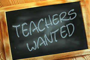 Tumbnail for: How Do You Recruit Qualified DL Teachers?
