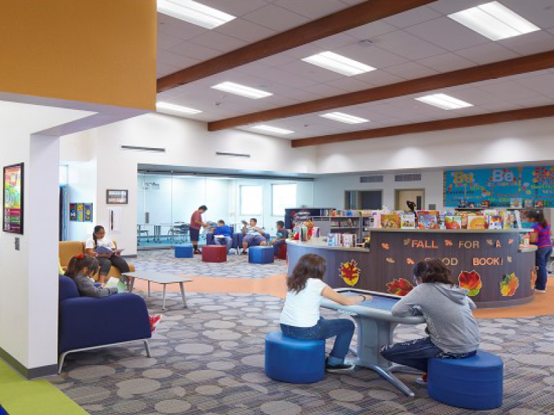 Tumbnail for: Inspiring Learning Environments for Dual Language Learners